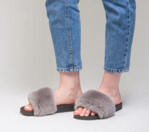 Inspiration-Closet-Slippers-Furbasic-Grey Grigio 8598